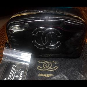 Chanel Vanity Makeup Bag BRAND NEW w/cover&card